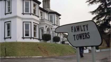 _86896811_fawltytowers